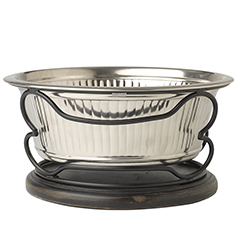 Samoa Fluted Bowl in Wood Stand, 2 quart Black